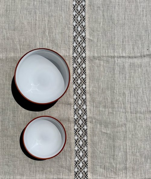 linen-lace-tablecloth