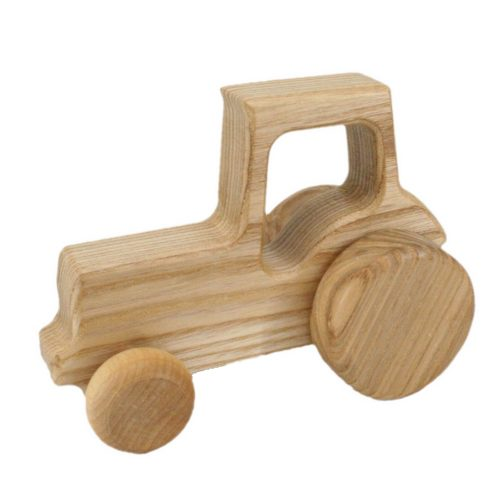 wooden-tractor-classic