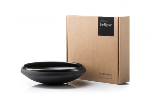 shallow-bowl-black-ceramics-tableware