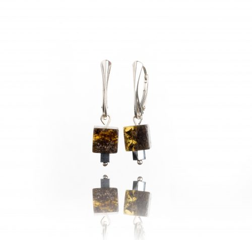 baltic-amber-earrings-touch-of-modern