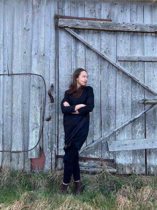 black-linen-dress