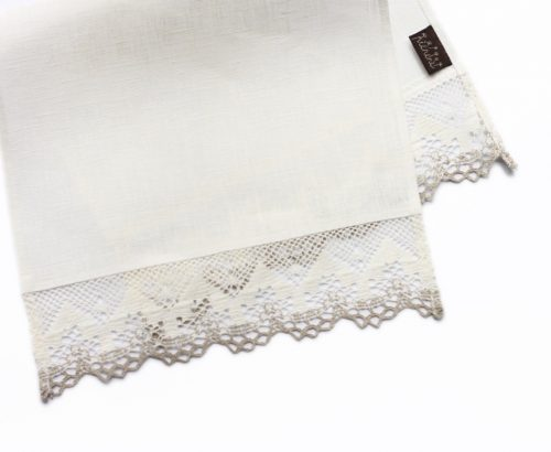 napkins-with-lace
