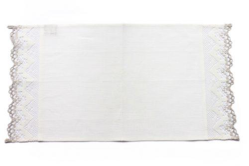 white-napkin-lace