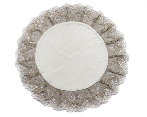 white-round-napkin