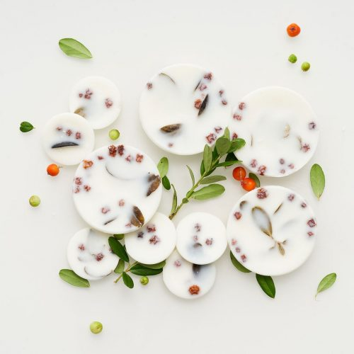 Ashberies_bilberry_leaves_scented_rounds