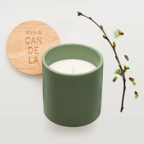 apple-blossom-candle