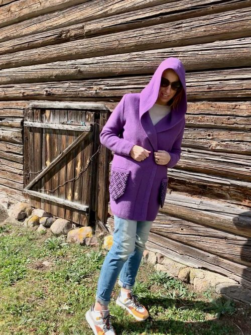 cardigan-violet-mittens