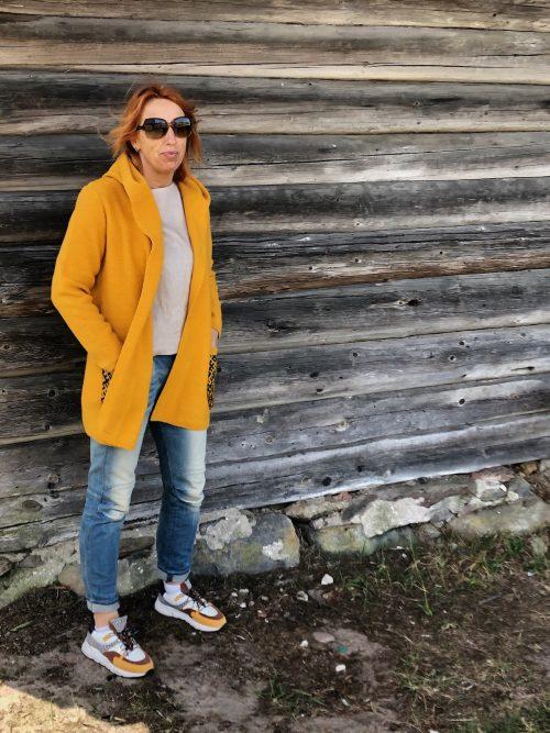 mittens-cardigan-yellow