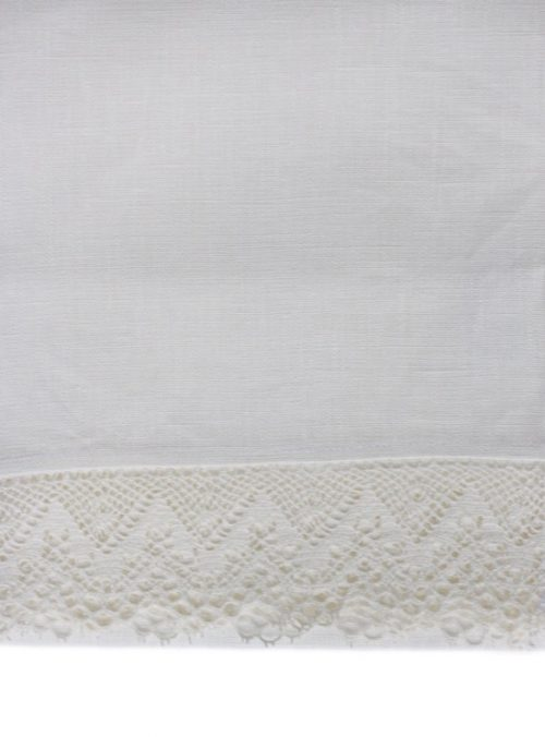 white_tablecloth_white_lace