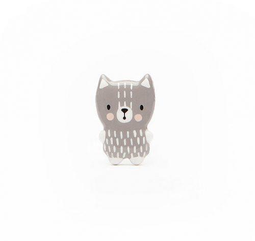 cat-grey-brooch