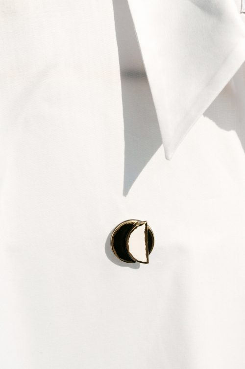 jewelry-white-and-black-brooch